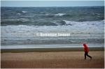 22) Uitwaaien. Aan zee. Waaranders
