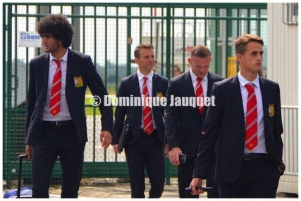 Marouane Fellaini, Wayne Rooney (Man U).