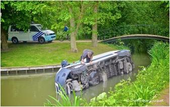 Handrem vergeten, wagen Groendienst Oostende, Maria Hendrikapark.