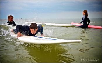 ©Dominique Jauquet - Verlamde surfer- 280818-1